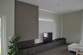 Afwerking gashaard + TV-wand met indirecte verlichting
