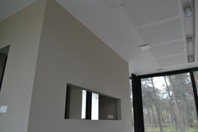 Voorzetwand uit Gyproc® + plafond afgewerkt met Gyptone